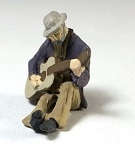 O Scale Hobo with Guitar
