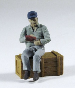 O Scale Sitting Man W/ Bottle