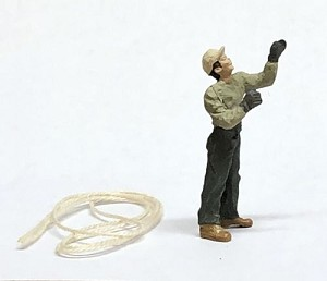 O Scale Man Pulling Rope